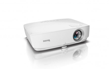 BENQ W1050 Full HD projector