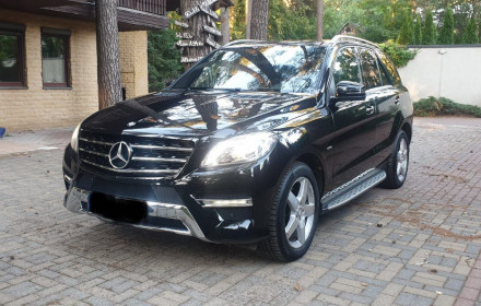 Mercedes-Benz ml350, 2012